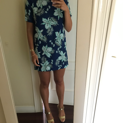 Vestido corto floral