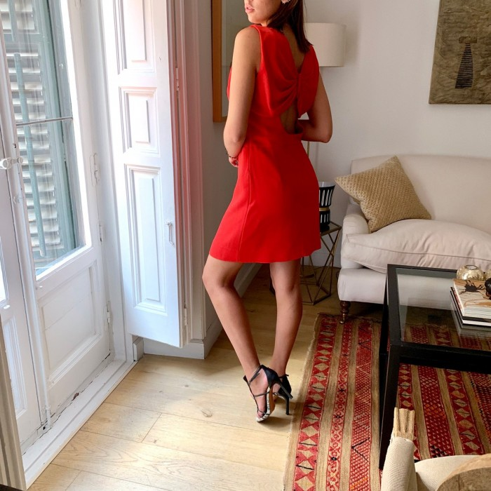 Vestido rojo escote lazo