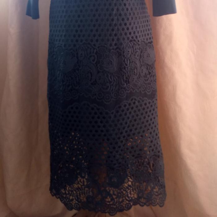 Vestido encaje de Uterqüe