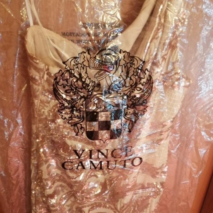 Vestido Vince Camuto