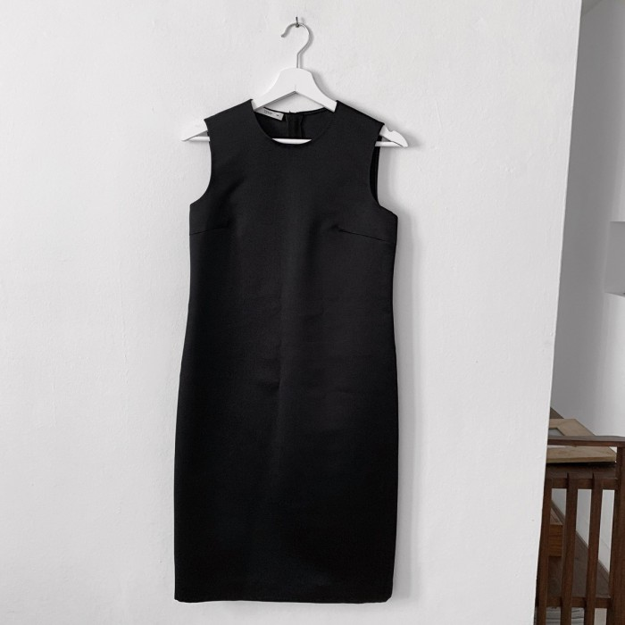 Vestido Negro Midi Prada