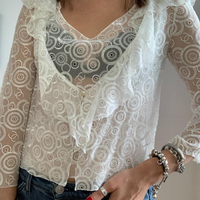 Rebeca y blusa Chanel