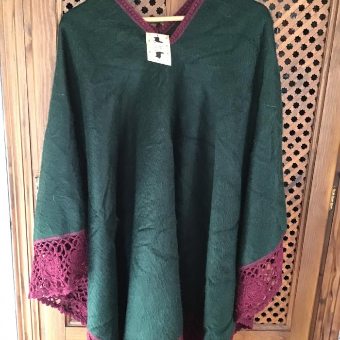Poncho verde alpaca