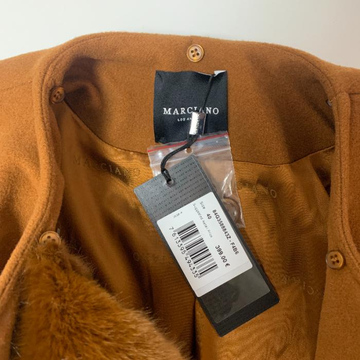 Abrigo marrón largo