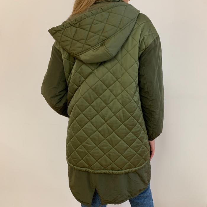 Abrigo guateado verde