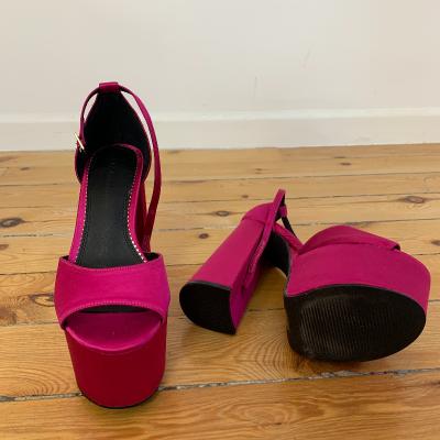 Sandalia plataforma rosa Best for less
