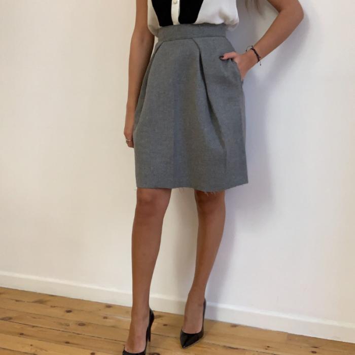 Falda de lana