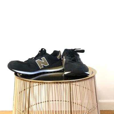 Zapatillas detalle dorado Best for less