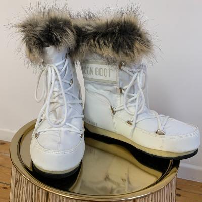 Bota Moon Boot Best for less