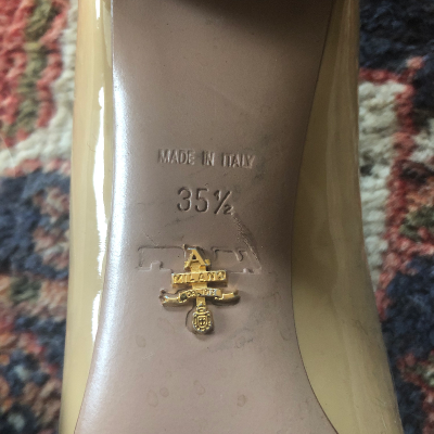 Zapato medio tacón Prada Best for less