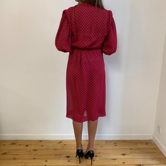 Vestido rosa de cuadros