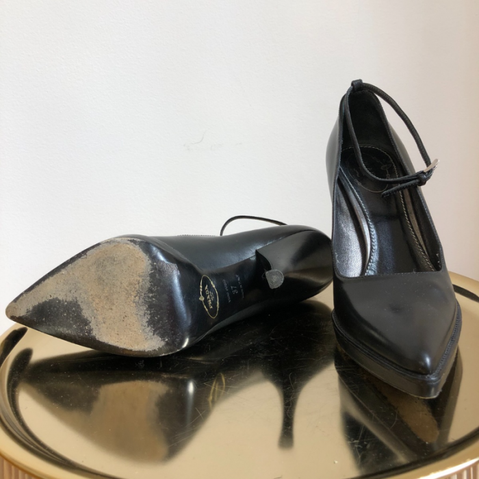 Zapatos salón de cuero