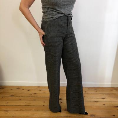 Pantalón gris cuadros Best for less