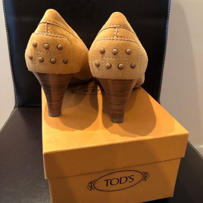 Zapato beige mostaza en ante