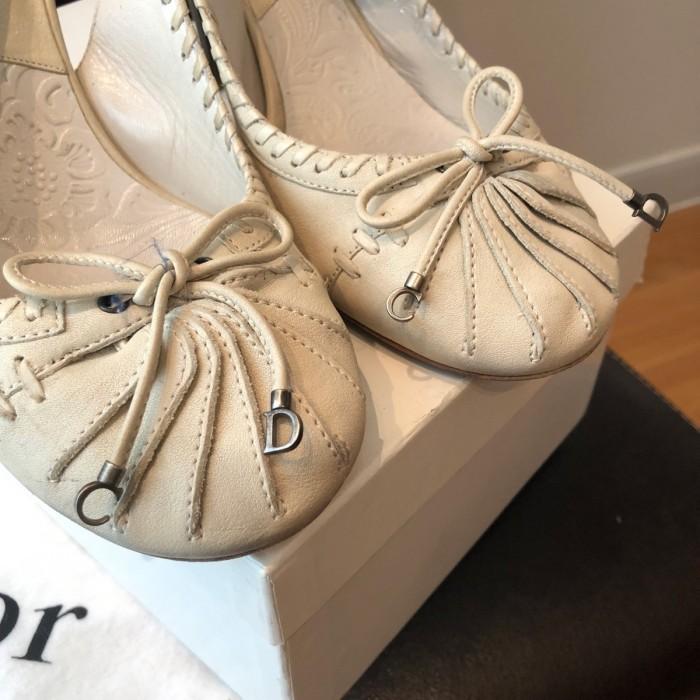 Zapato tacón destalonado