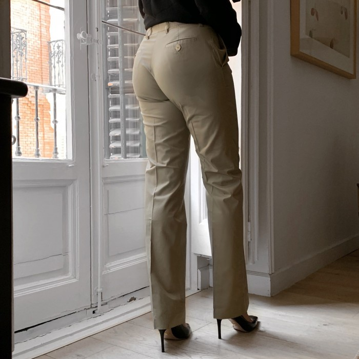 Pantalón beige recto