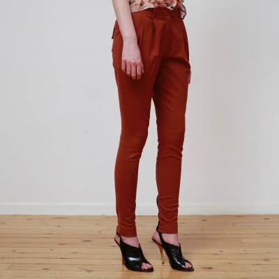 Pantalón pinzas costuras Best for less