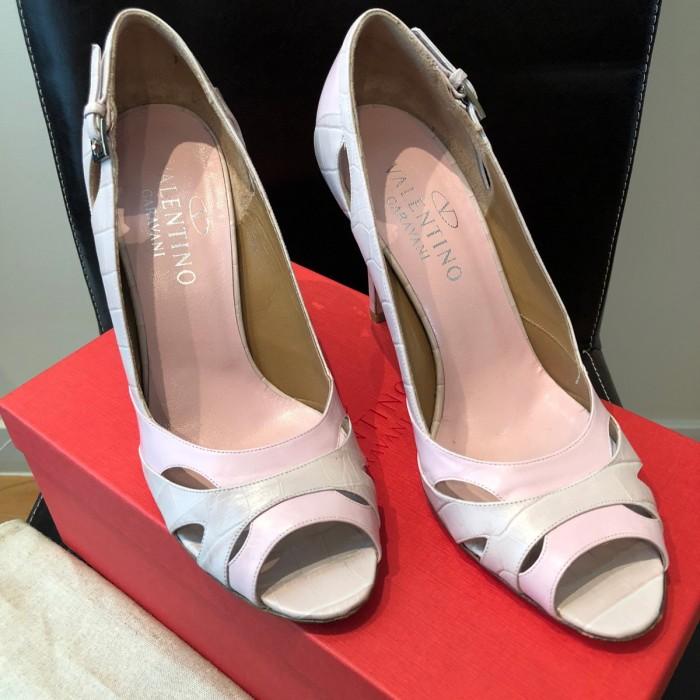 Sandalia satén rosa