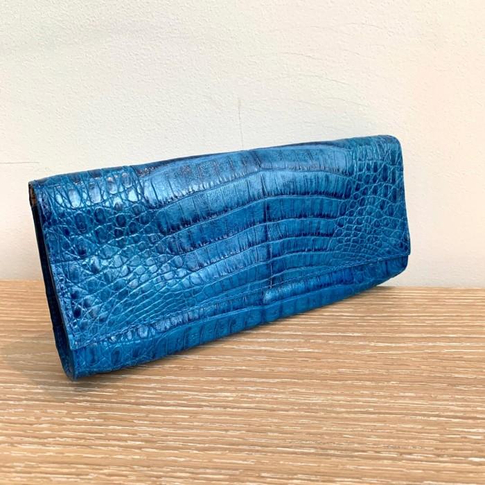Bolso cocodrilo azul