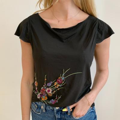 Camiseta Bordado Flores Best for less