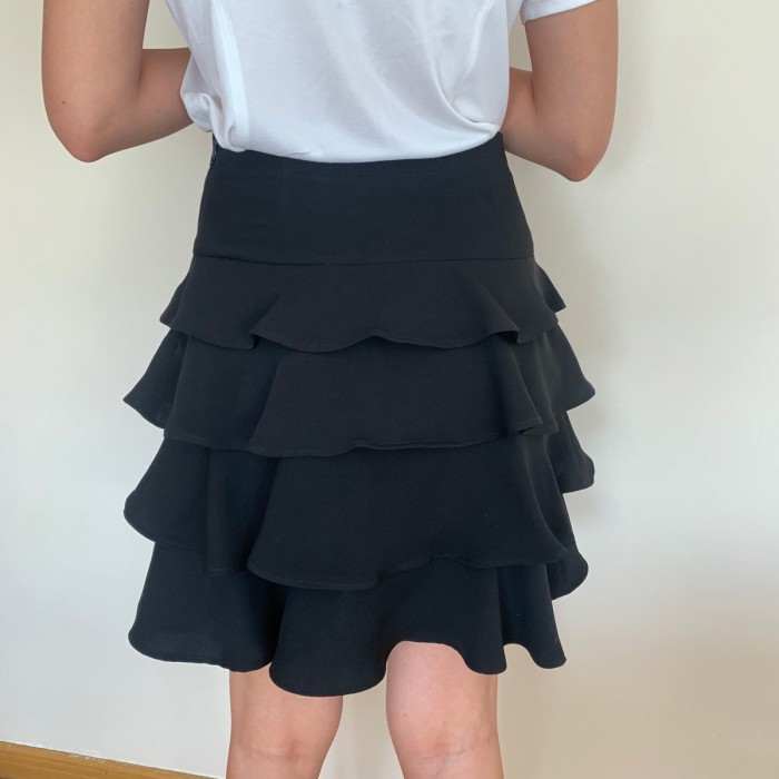 Falda volantes crepe negra