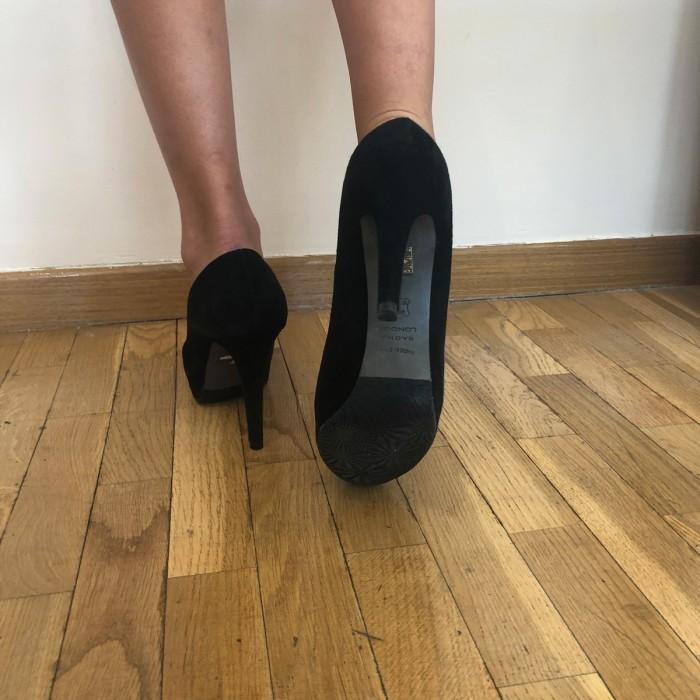 Zapatos de tacon en ante