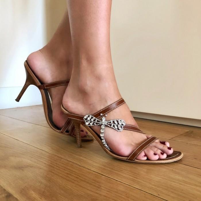 Sandalía tacón libélula