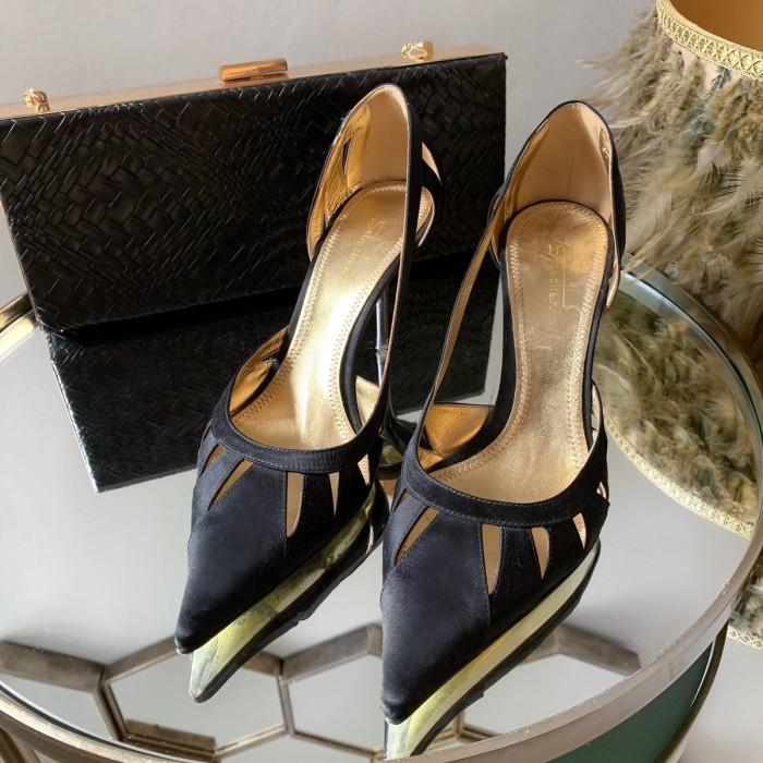 Zapato salón seda negro