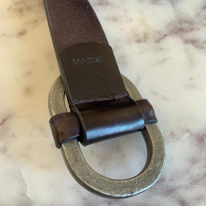 Cinturón negro piel
