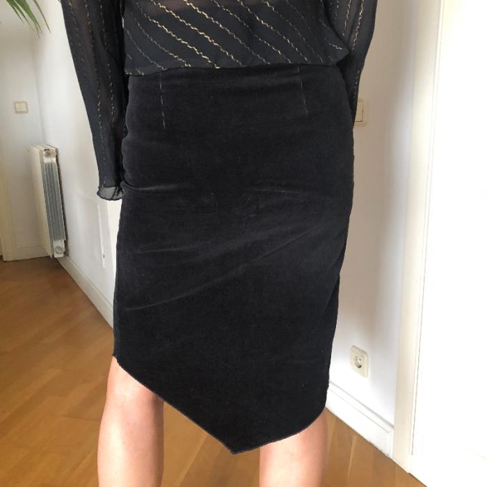 Falda pana