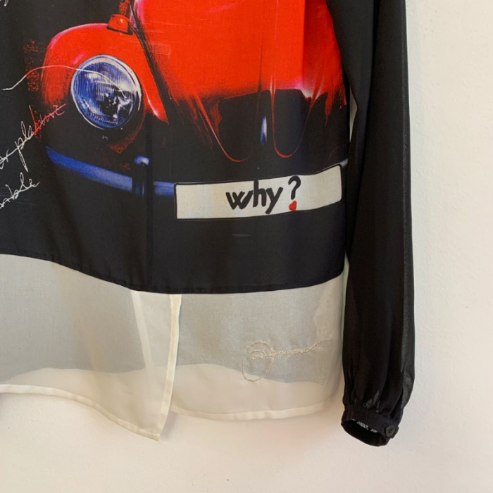 Blusa semitransparente
