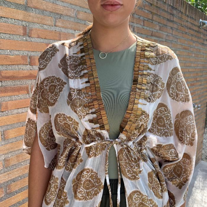 Kimono dorado