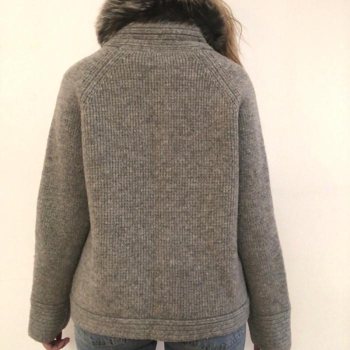 Chaqueta gris lana