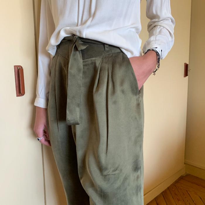 Pantalón fluido