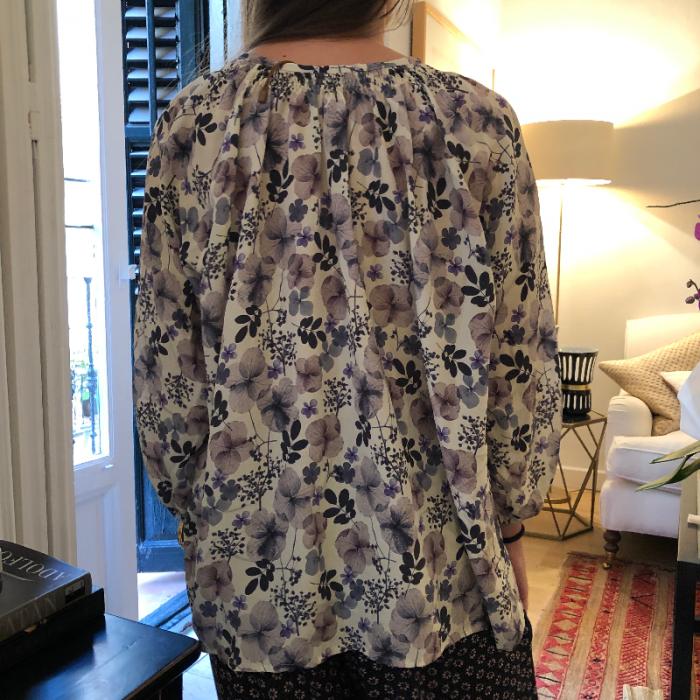 Camisa fluida