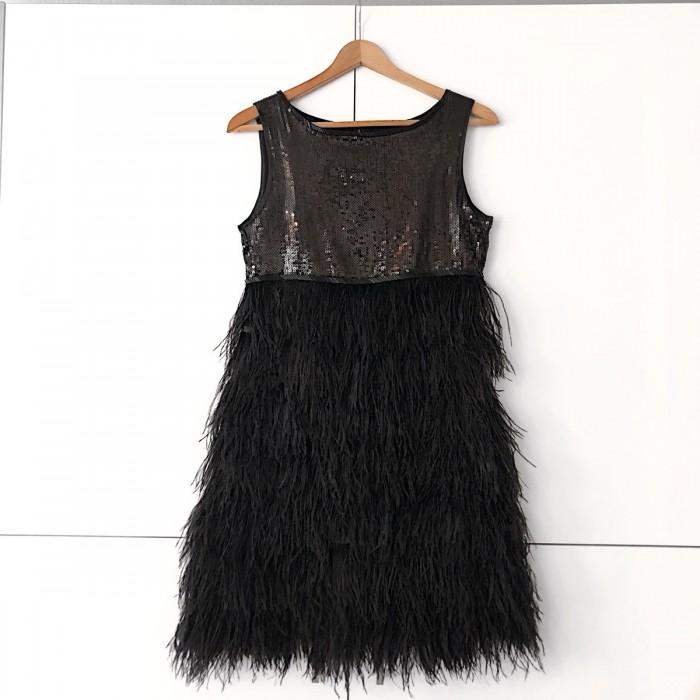 Vestido plumas