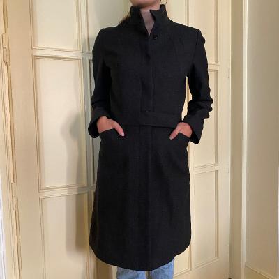 Abrigo negro Amaya