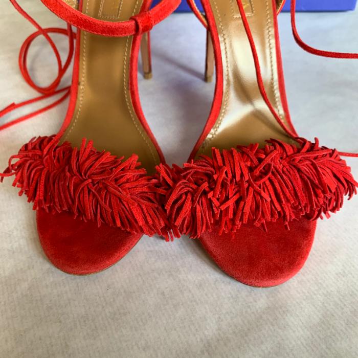 Sandalias pompones rojas