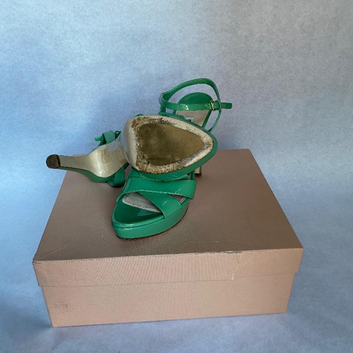 Sandalia tacón Miu Miu