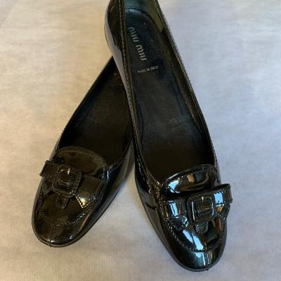 Zapato negro Miu Miu Best for less