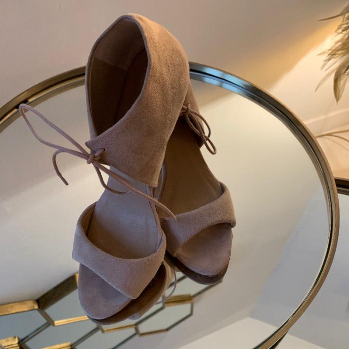 Zapatos Nude