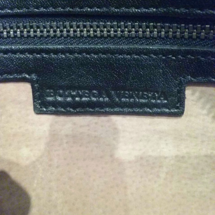 Bolso de mano negro