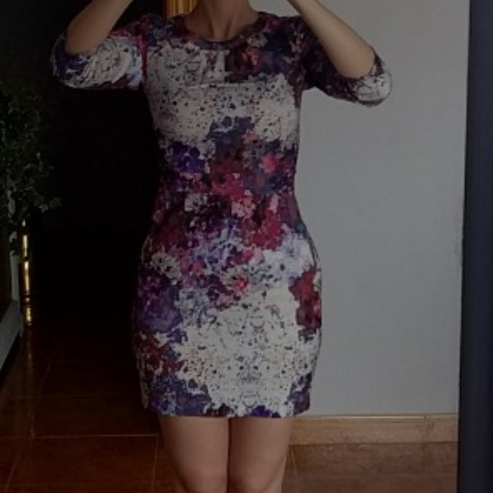Vestido floral acuarela