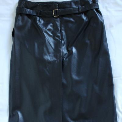 Falda negra piel Best for less