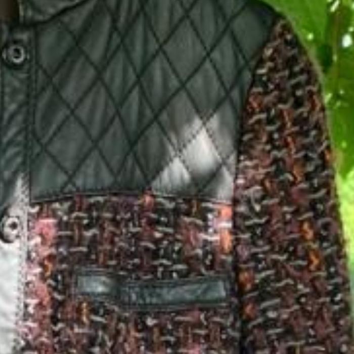 Cazadora tweed burdeos